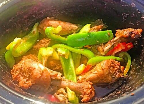 add_capsicum to chicken
